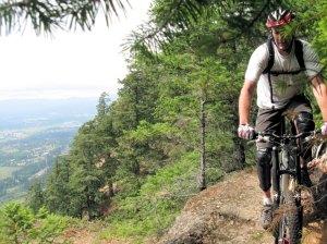 Bill Kuzmuk rides the ridge